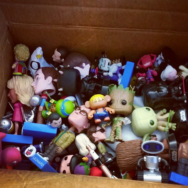 moving-mom-toys-packing
