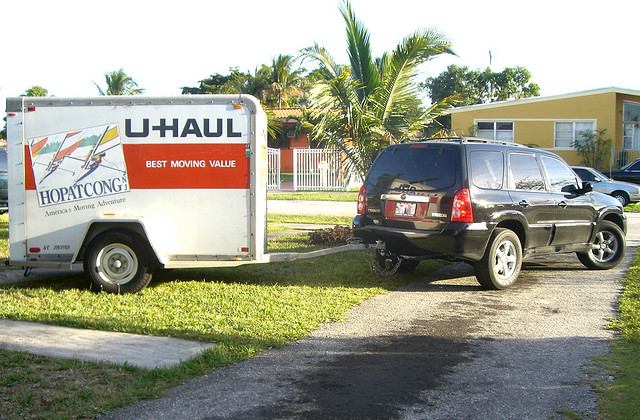 moving-hitch-uhaul-trailer